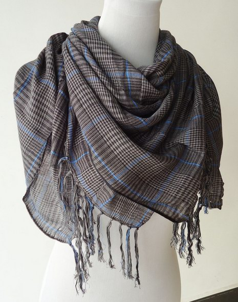 056 Cheap polyester scarf with check pattern