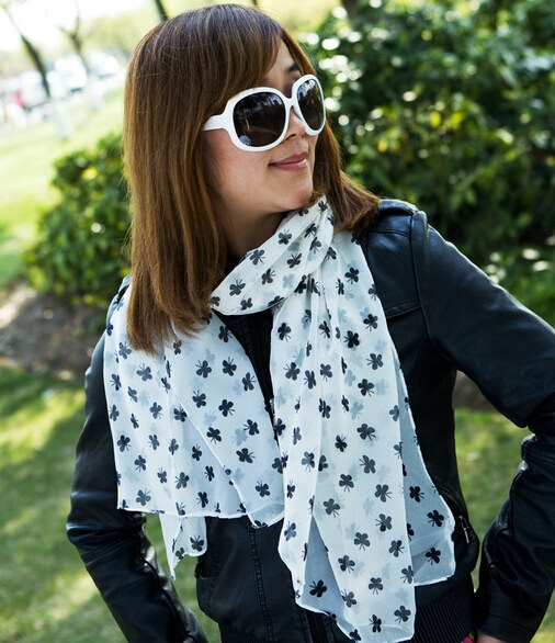 0060 Cheap Lucky scarf for Women - Click Image to Close
