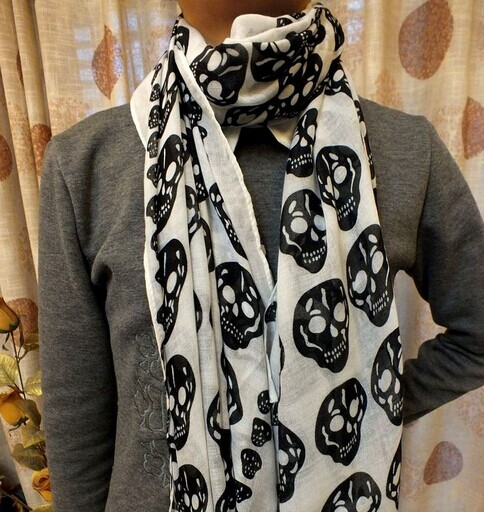 0068 Skull Pattern Scarf On sale