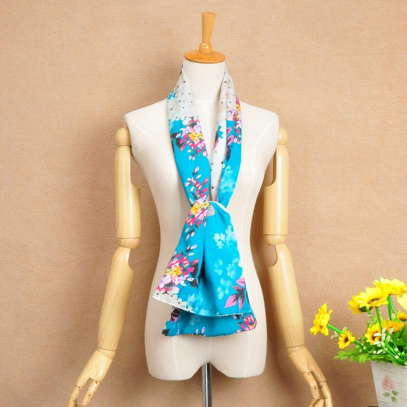 SEO_COMMON_KEYWORDS 15 Beautiful Flowers Print Silk Scarf For Spring