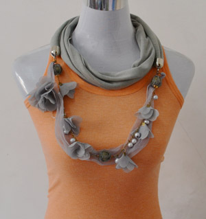 Fashion scarves with pendant uk