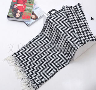 Black and white plaid cotton scarves