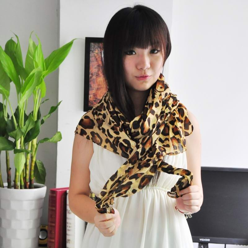 1 Leopard Print Style Cotton Scarf New York