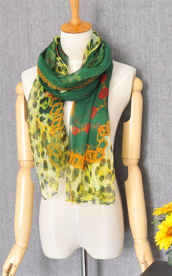 1 Best Designers Fashion Scarf For Girls