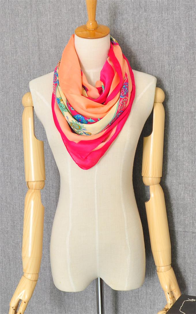 01 Singapore Luxious Scarf On Sale