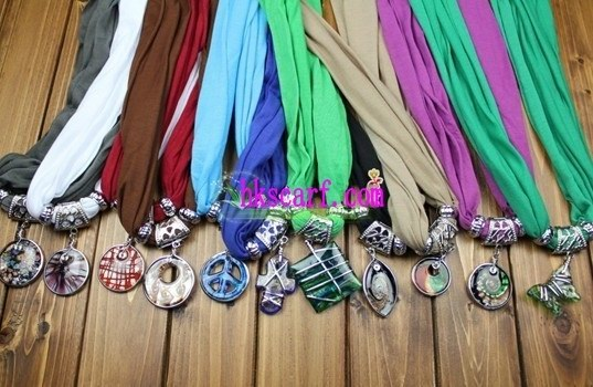 2013 Fashion Jewelry Scarf Itlay NEW