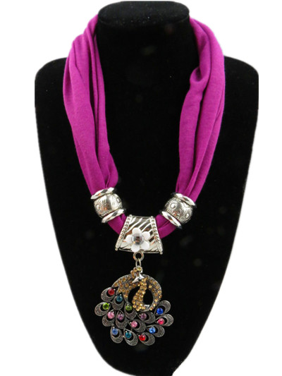 Alloy Bead Peacock design Pendant Scarves wholesale in Sweden