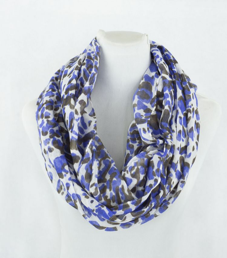 SEO_COMMON_KEYWORDS Blue Leopard Print Infinity Scarf