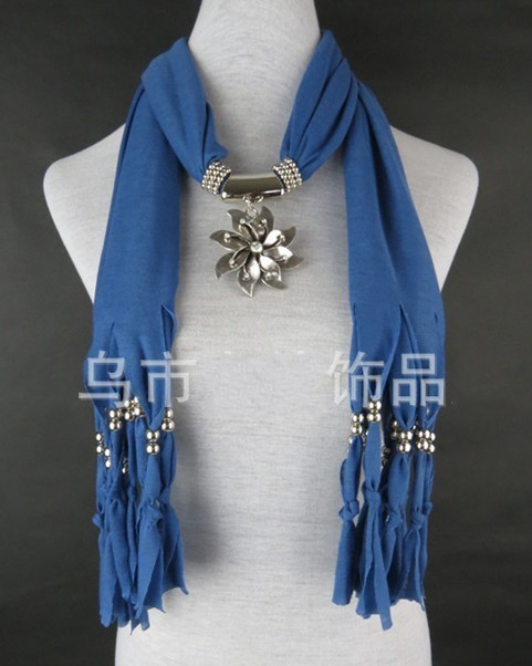 UK pendant scarves jewelry 2013 Spring