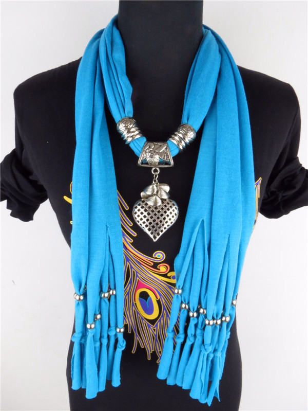 Jewelry heart bead scarves