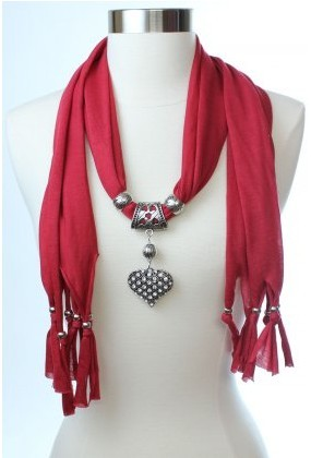 UK High Quality Heart Pendant Necklace Jewelry Scarf 2013