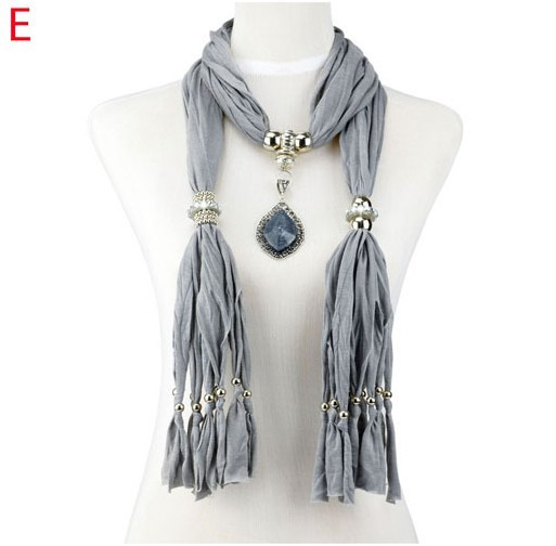 Jewellery scarves with oversized and colorful resinstone pendan
