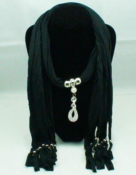 Trendy designs Pendant scarf/wraps wholesale Cheap