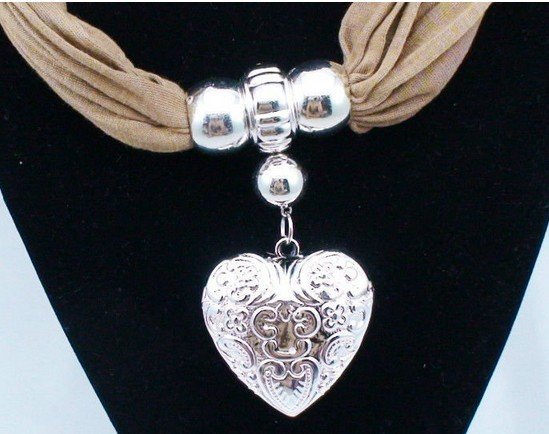 Alloy Jewelry Pendant Scarf Wholesale New York