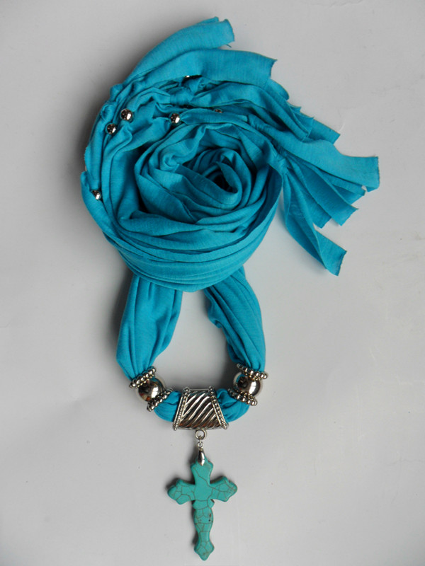 2013 Wholesale Resinstone pendant charm jewelry scarfs on sale