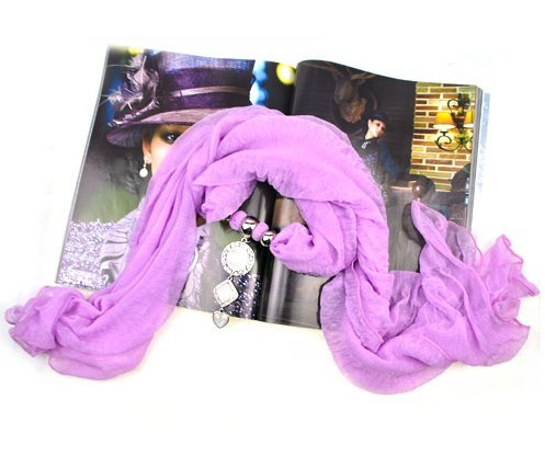 2013 Beautiful New trendy jewelry scarves/wraps viscose wholesal