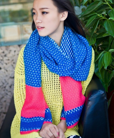 Top Quality KNIT Scarves Wholesale UK