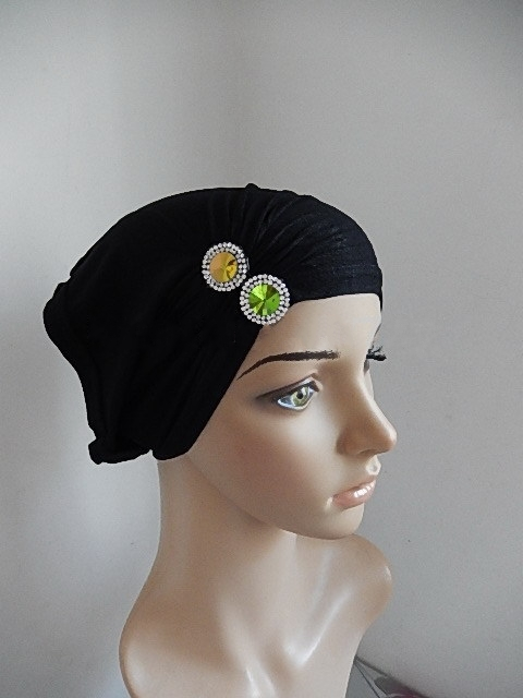SEO_COMMON_KEYWORDS Jeweled black tube under cap