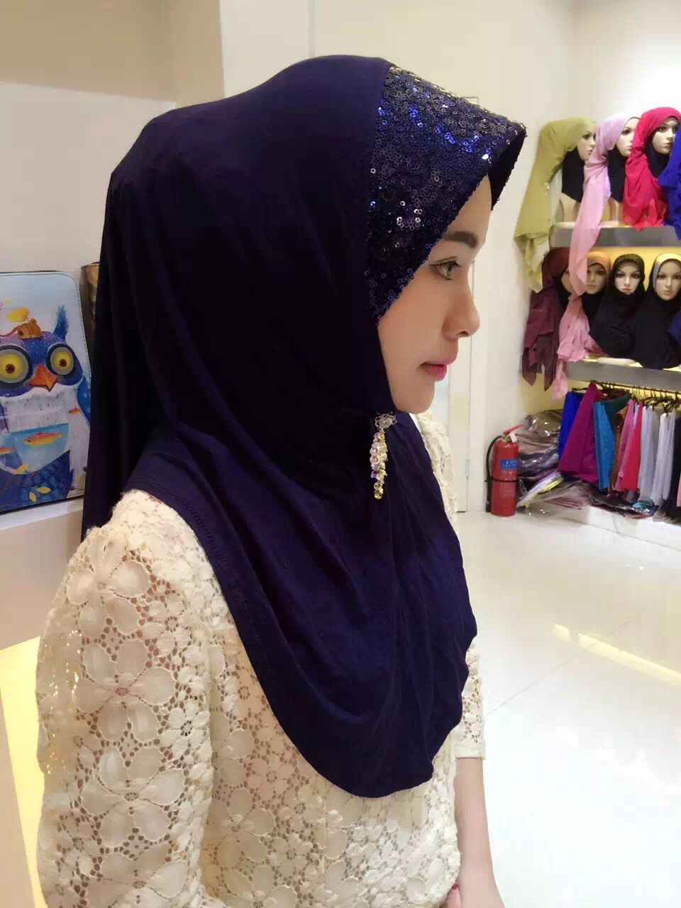 SEO_COMMON_KEYWORDS jersey hijab with sequins
