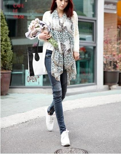 2013 hot sale! women's leopard print silk scarf