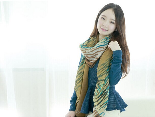 Flora Pattern Viscose/Cotton Scarf For Ladies