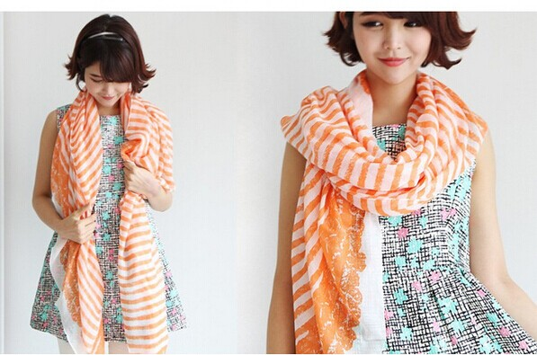 01262 Stripes Pattern Viscose Soft Scarf - Click Image to Close