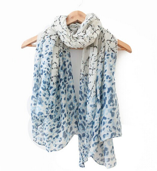 01270 Cheap Scarf with fashion design