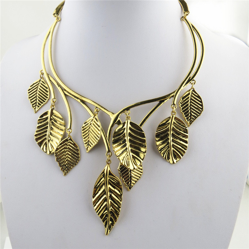 Golden Leaf Cool Ladies Necklace Wholesale