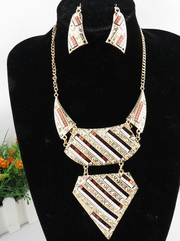 Fashion Design Egyptian Diamante Necklace
