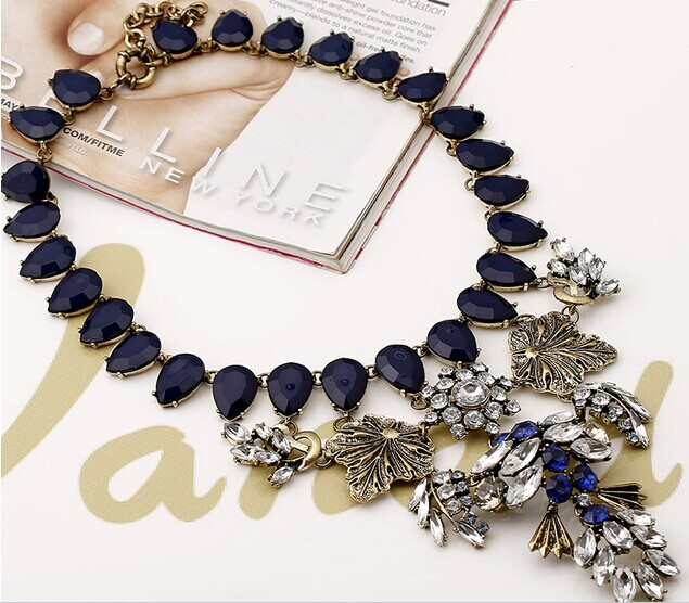 15 Necklace 080
