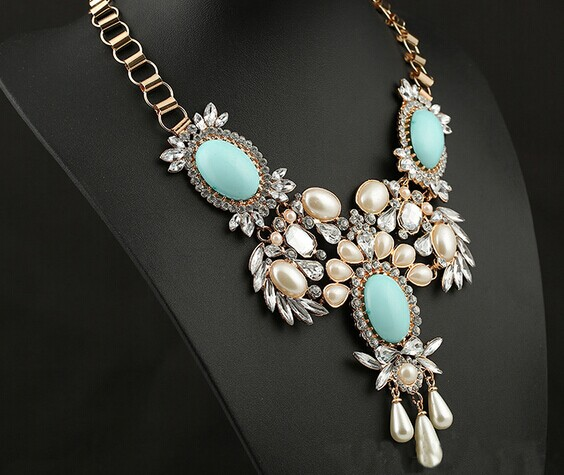 15 Necklace 081