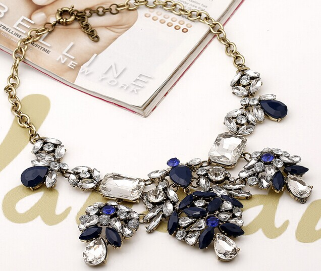 15 Necklace 091