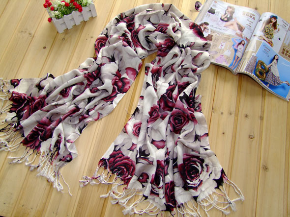 Singapor rose design scarf for girls