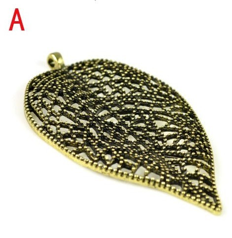 Fashion alloy leaf pendant for jewellery scarf