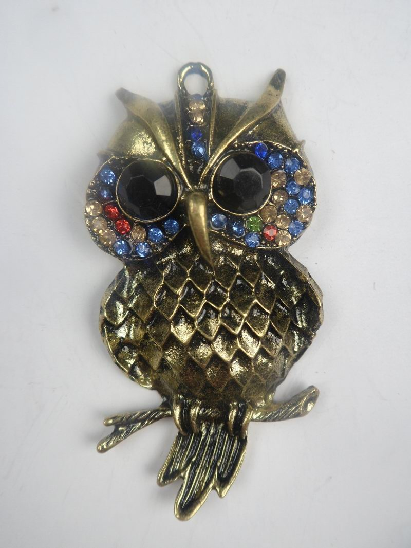SEO_COMMON_KEYWORDS Owl shaped pendant with colorful beads for jewelry and necklace