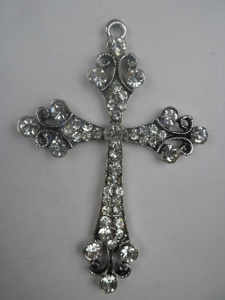 Fashionable design with alloy cross jewelry pendant