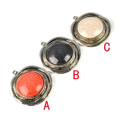 Fashion silver alloy round resin pendant for necklaces and scarv