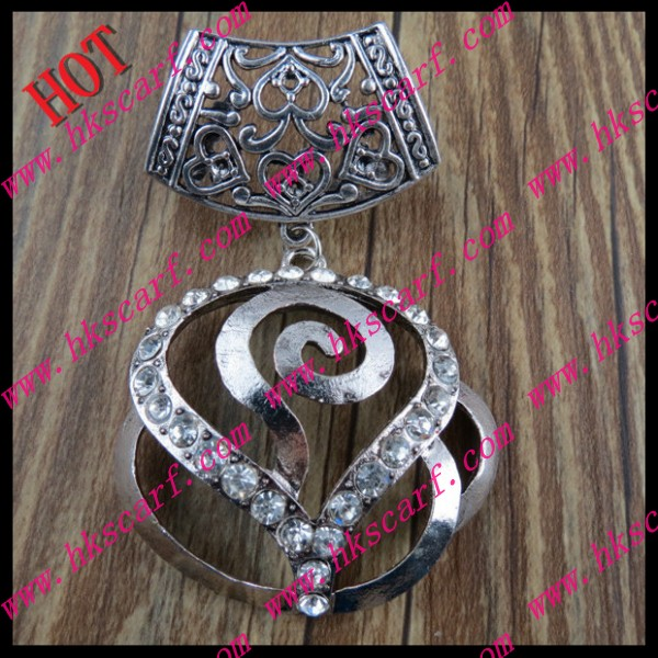 025 Pendant For Scarf