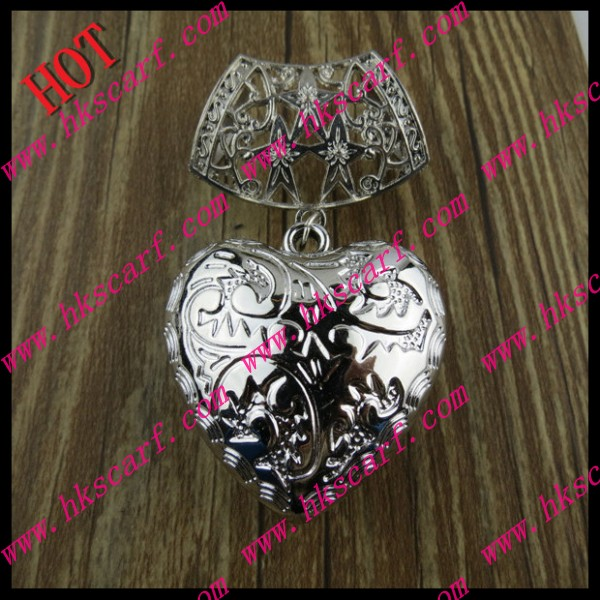 SEO_COMMON_KEYWORDS 046 Pendant For Scarf