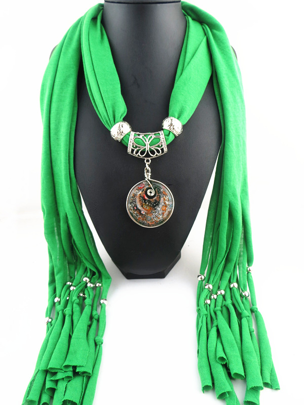 001 Glass Round Design Pendant Scarf For Women