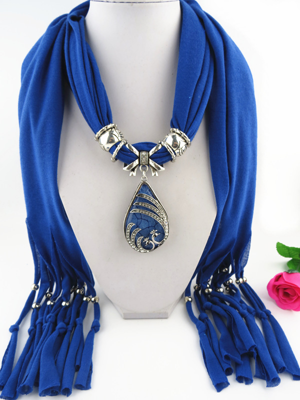 SEO_COMMON_KEYWORDS 001 Alloy Double Birds Design Pendant Scarf