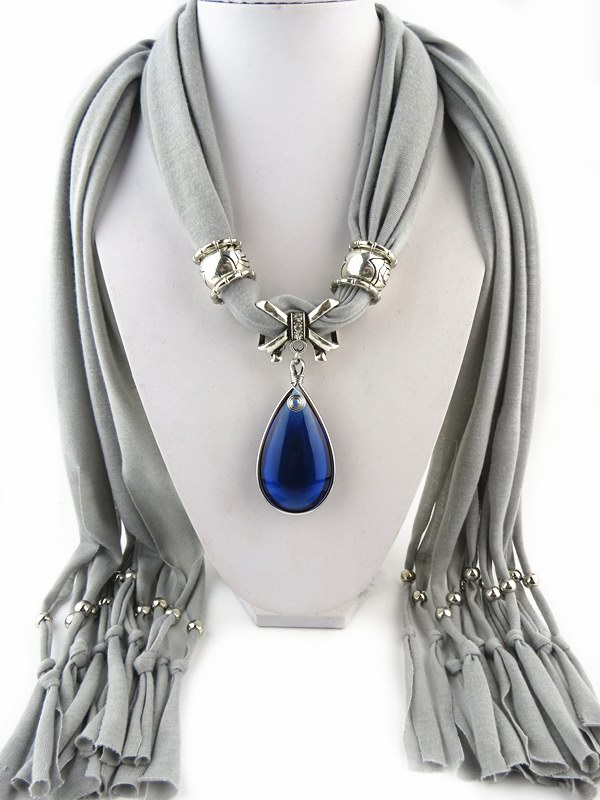 001 Beautiful Royal Blue Rhinestone Pendant Scarf