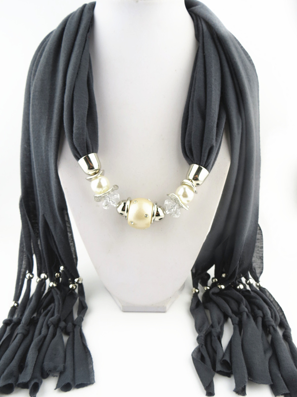 001 White Chain and Elephant Teeth design Pendant Scarf