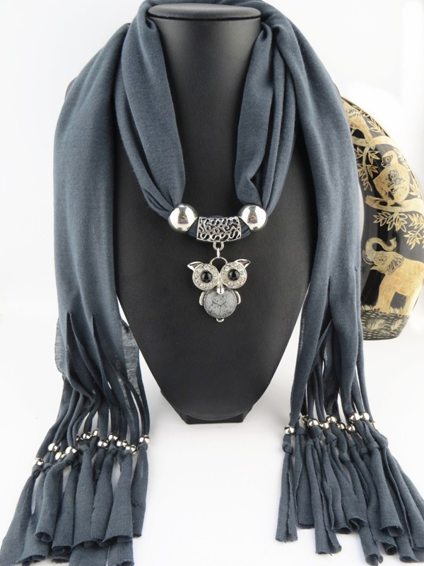 001 Owl Design Pendant with scarf