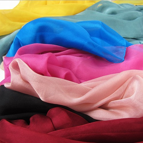 2013 Wholesale solid color chiffon long silk scarf in UK