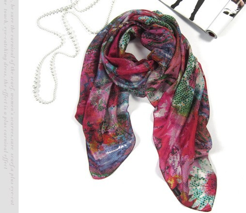 Spring/Summer fashionable 100% silk scarf for lady