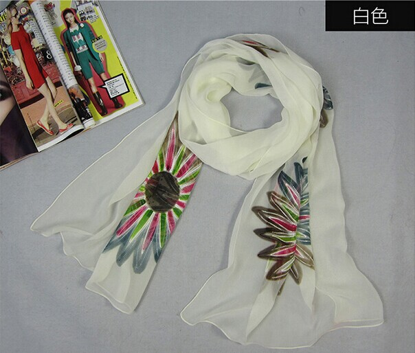 008 Big Flower Design Silk Scarf - Click Image to Close