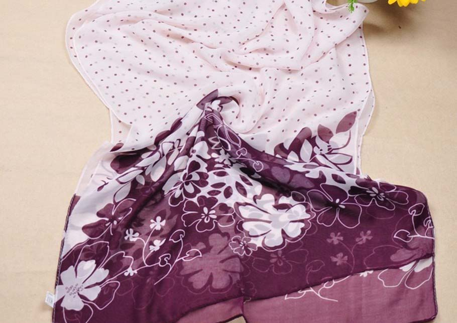 Fashinable Smaller dot silk scarf with flower pattern