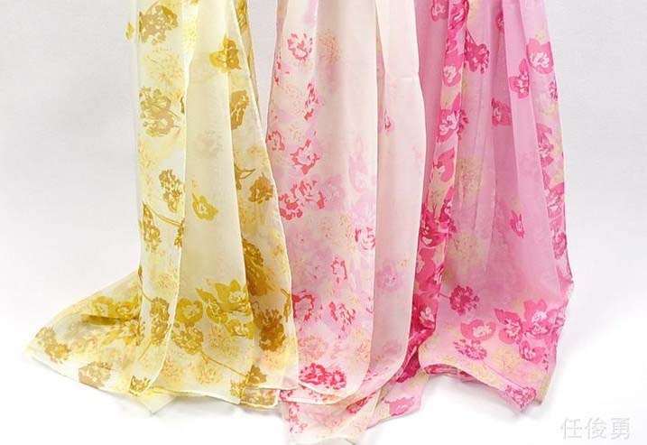New trendy silk scarf wholesale in LA