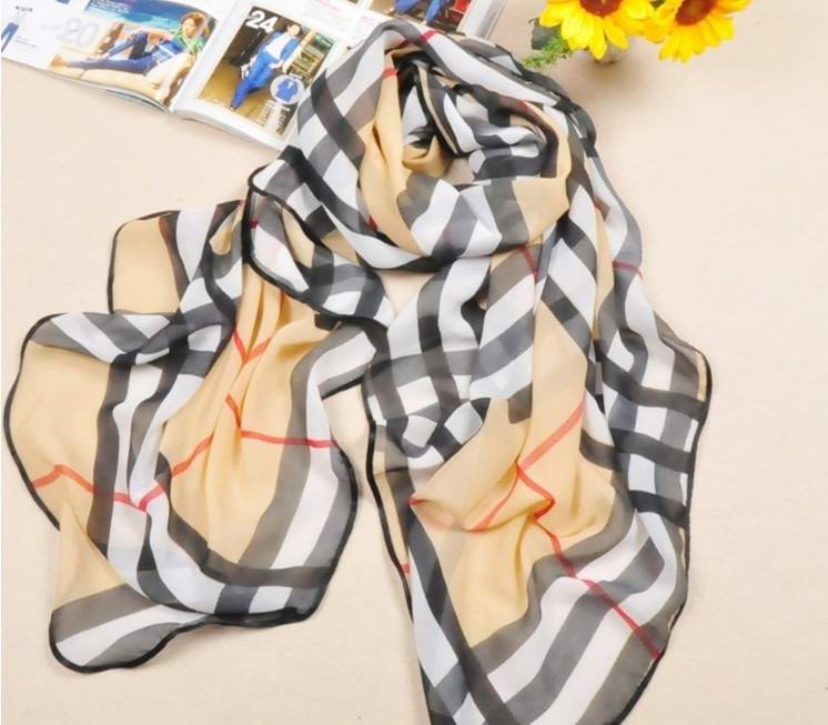 2013 Classic Grid Design Silk Scarf Wholesale Cheap